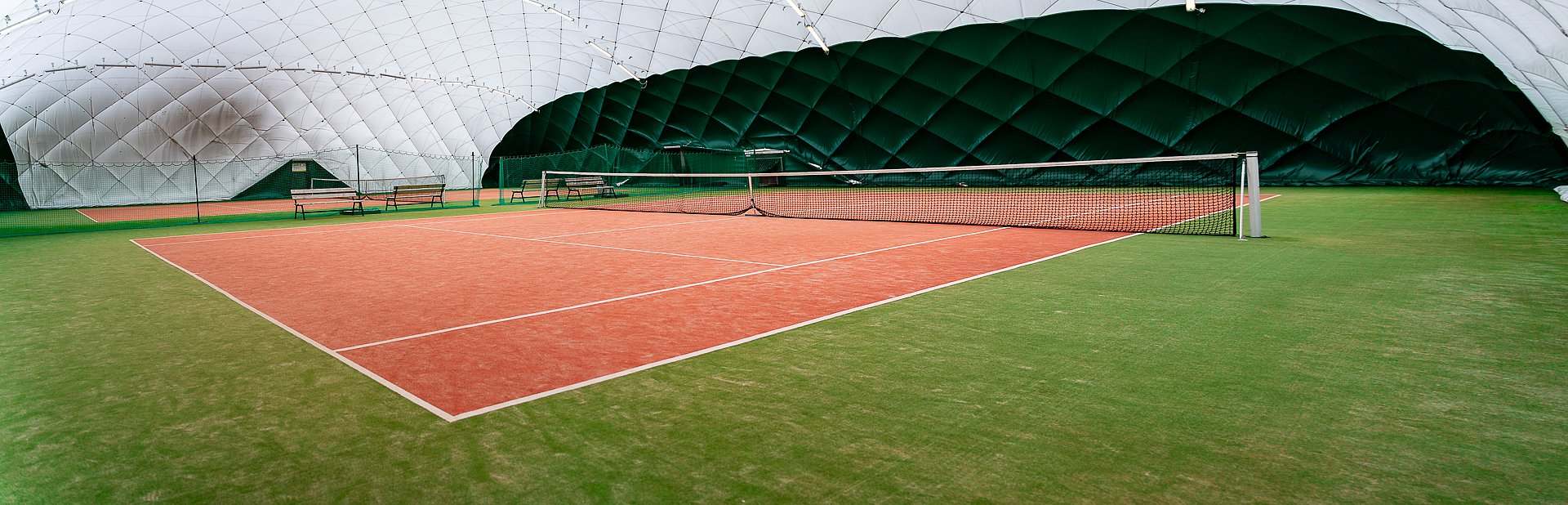 Tennis court - inflatable hall
